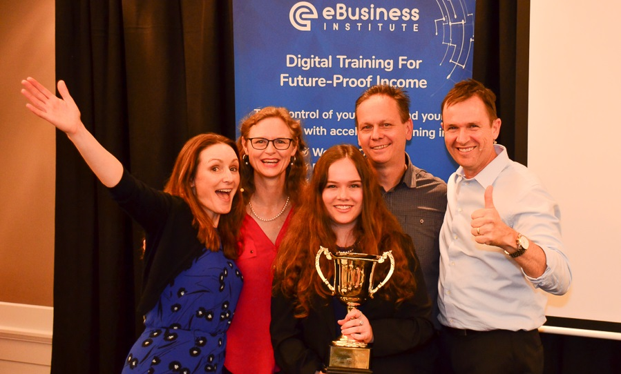 Anners awarded at Digital Training Conference
