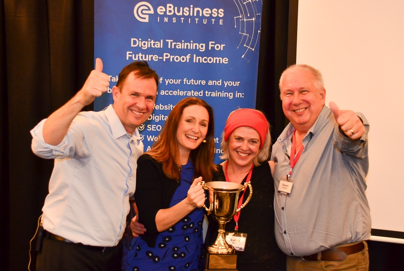 Kath and Rob Rushford WINNERS of the eBusiness Institute Graduates Of The Year!